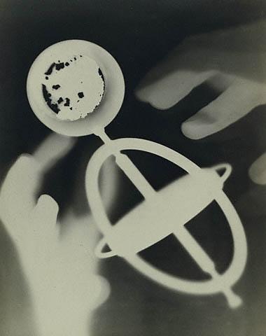 man-ray-untitled-rayograph-1